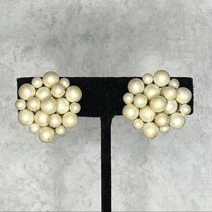 Vintage Japan White Cluster Clip On Earrings